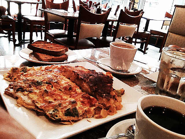 Präktig omelett på 3 Star Diner.