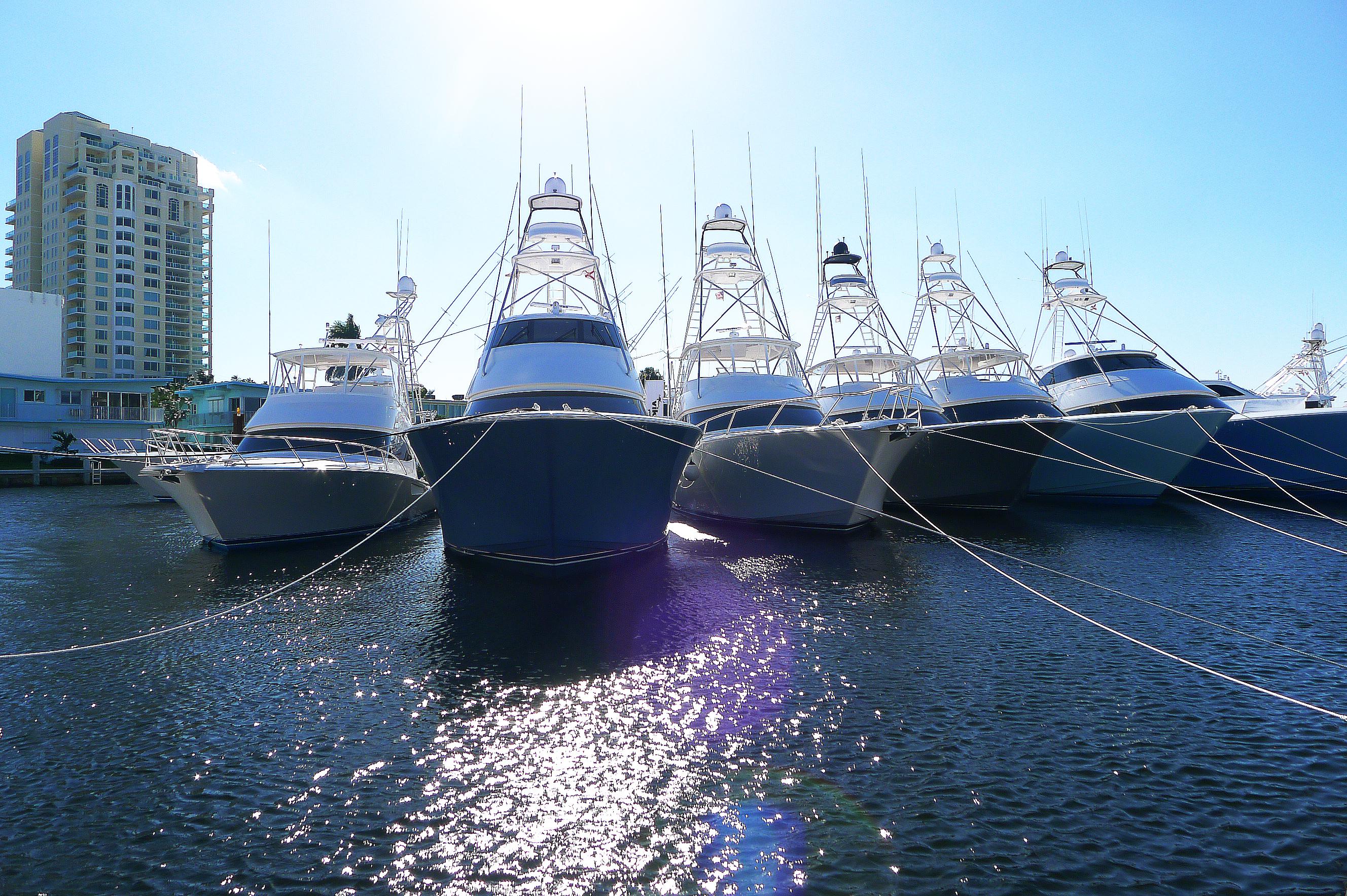 Amerikanska lyxfiskebåtar av märket Viking, Fort Lauderdale International Boat Show, Florida, okt/nov 2014. Foto: Erik Bergin