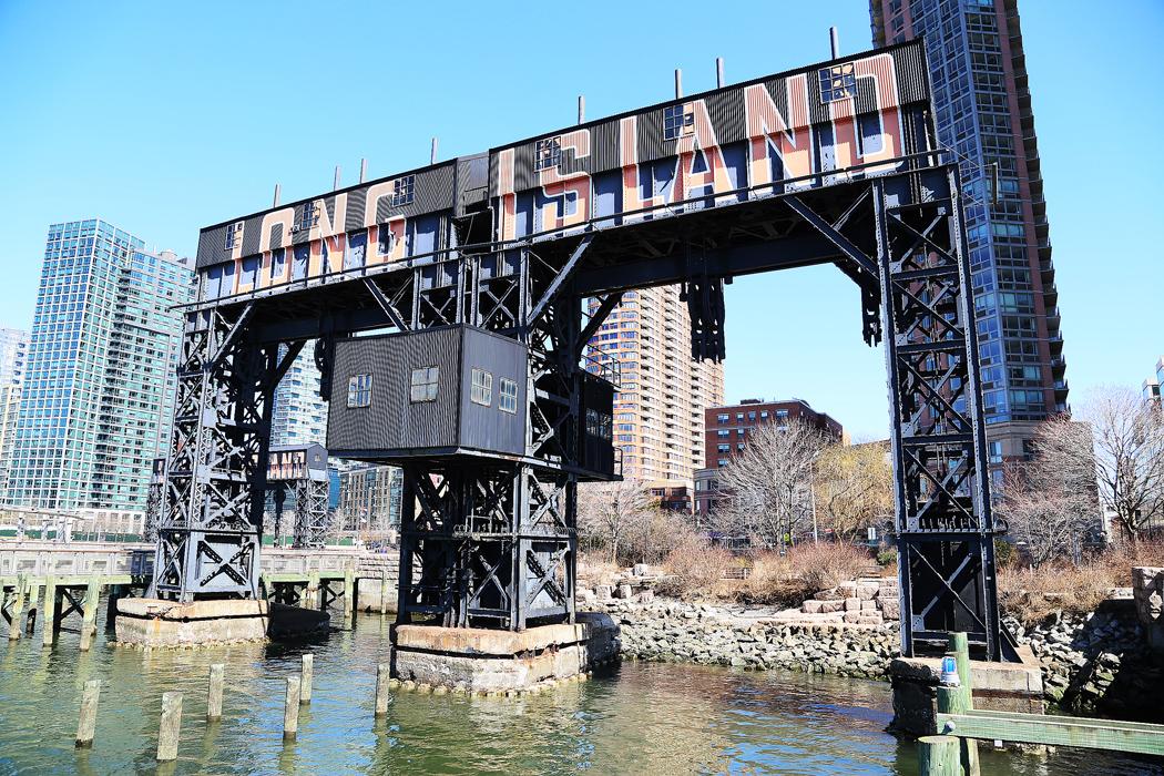 De här installationerna användes fram till början av 1900-talet för att lasta järnvägsvagnar på pråmar. Foto: Erik Bergin