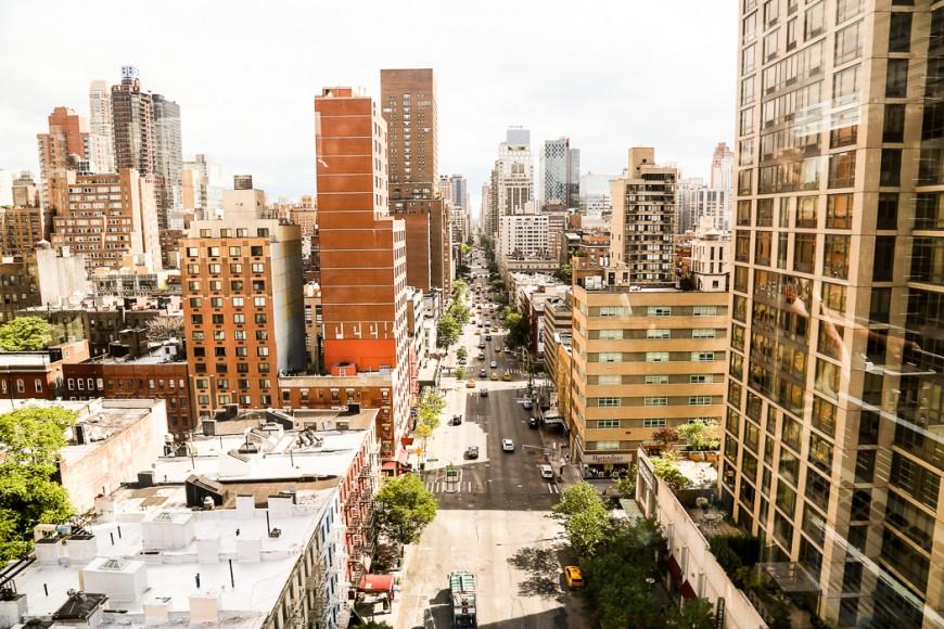 Utsikt söderut från linbanan mellan Manhattan och Roosevelt Island.