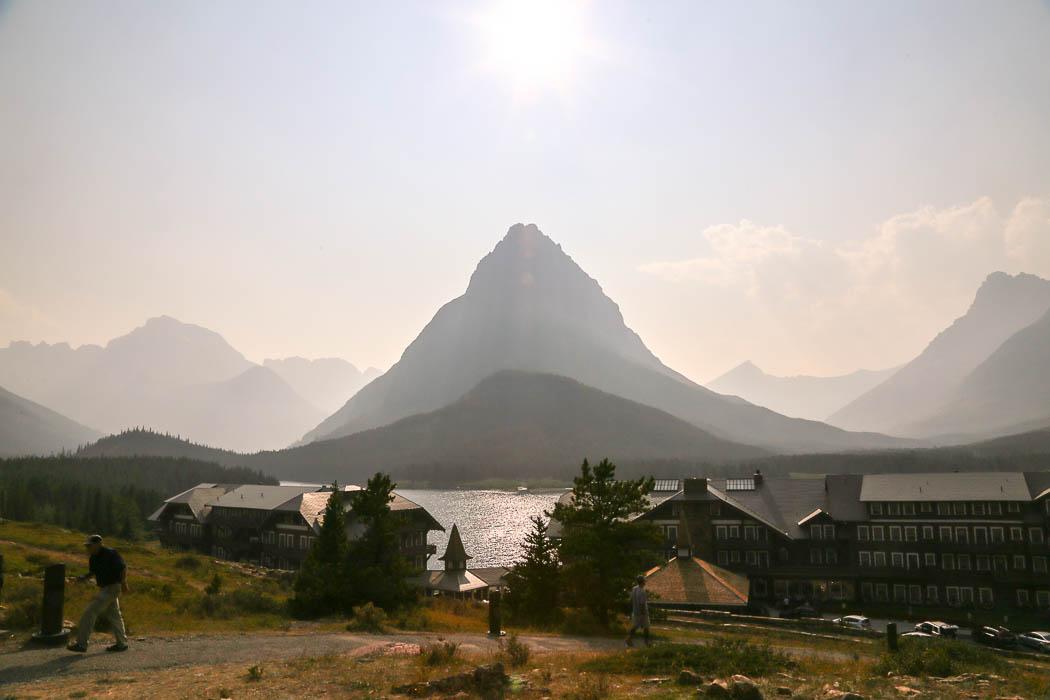 Et av hotellen inne i parken har en av världens bästa utsikter mot bergen.