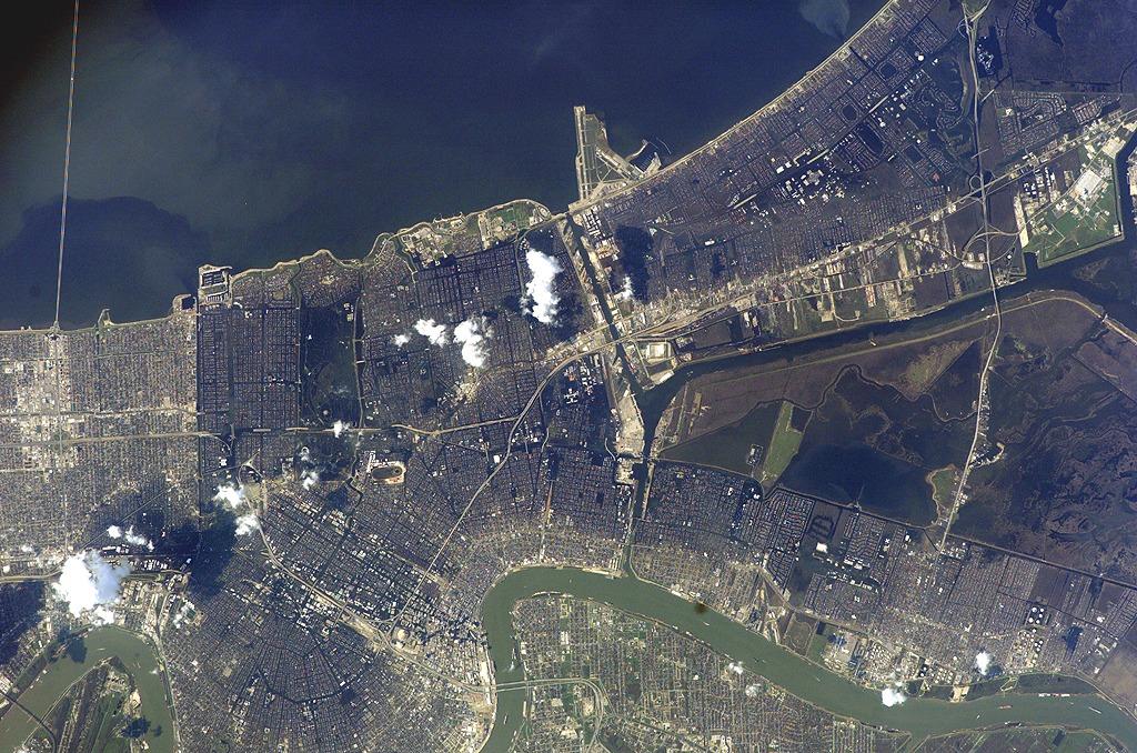 new-orleans-katrina-satellite