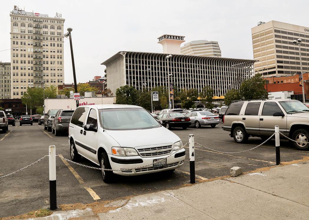 Centrala Spokane, Washington. Här hittar vi något så ovanligt som ett snyggt parkeringshus.