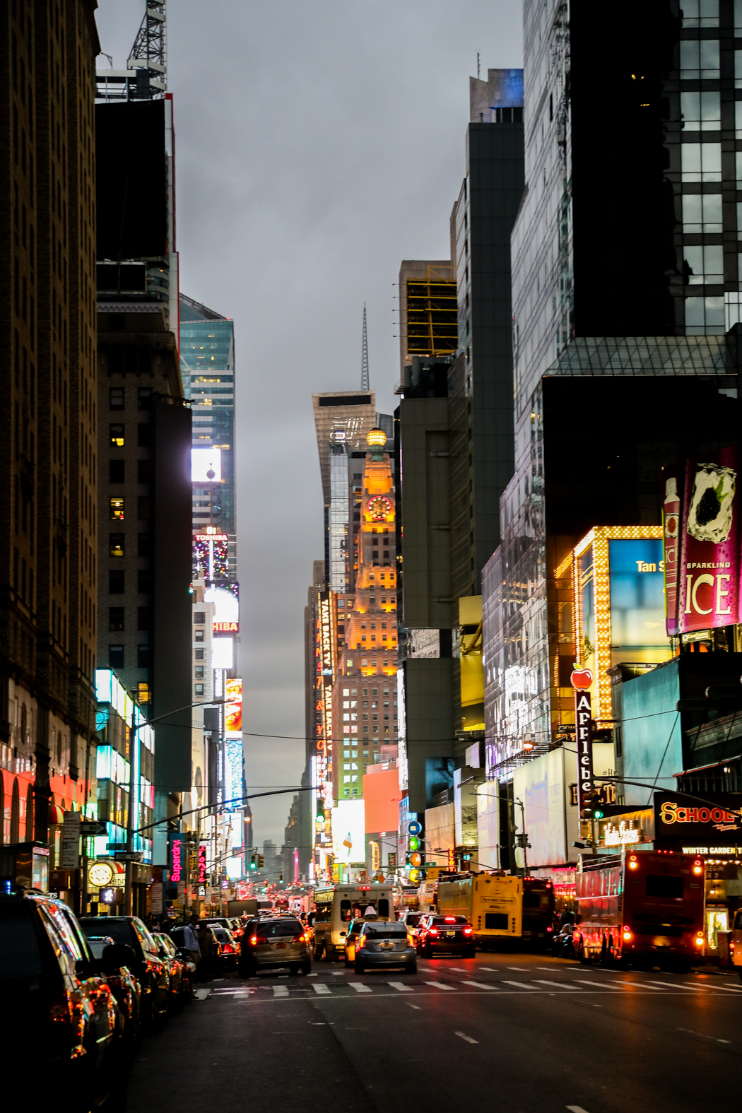 7:e Avenyn söderut mot Times Square.
