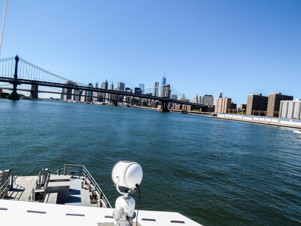 East River söderut.