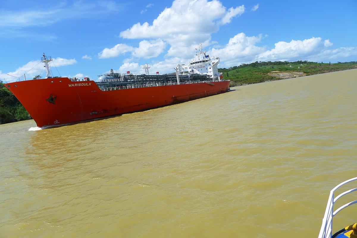 Panama-canal-44