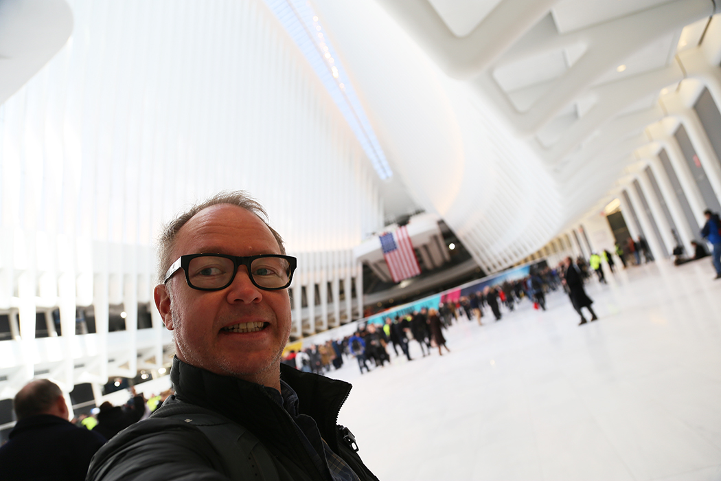 Jag på plats vid Oculus den 3 mars 2016 då byggnaden för första gången öppnas för allmänheten.
