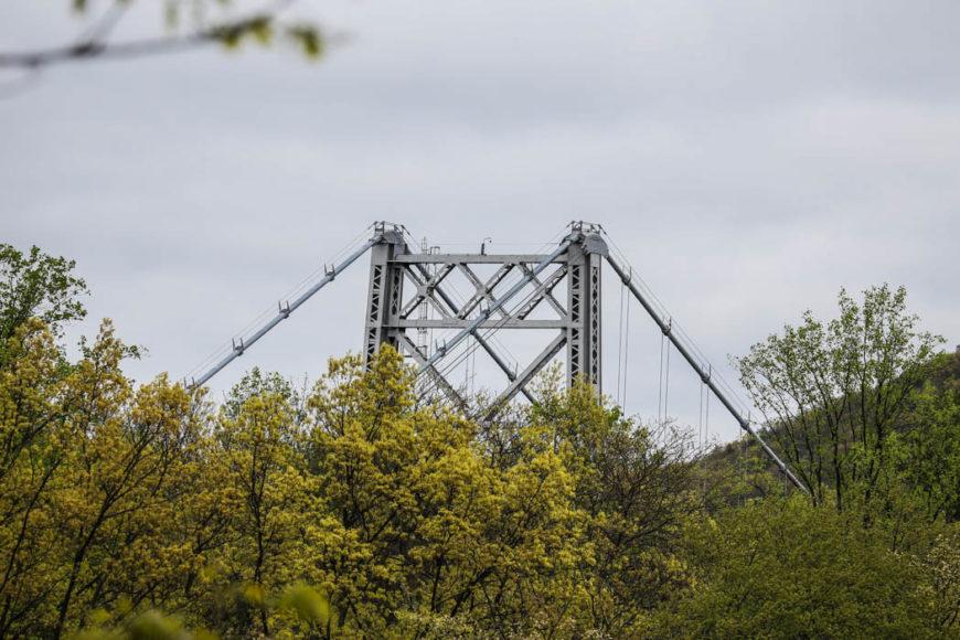 Pylonerna till en av flera broar längs Hudson River. Foto: Erik Bergin