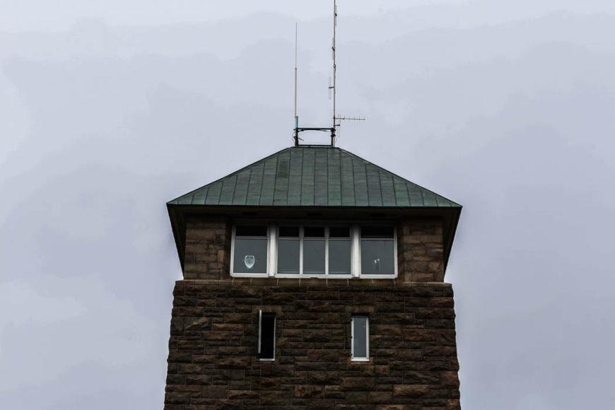 Ett torn tillägnat grundaren av parken, som hette Perkins, står på toppen. Foto: Erik Bergin