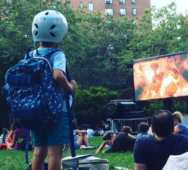 Parkbio i StuyTown. De visar E.T., en rulle jag inte sett på sisådär 30 år.