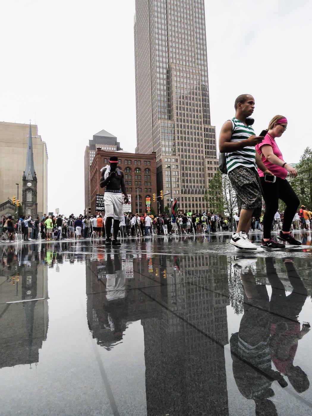 Demonstrationer pågår vid Public Square, Cleveland, under konventet. Foto: Erik Bergin