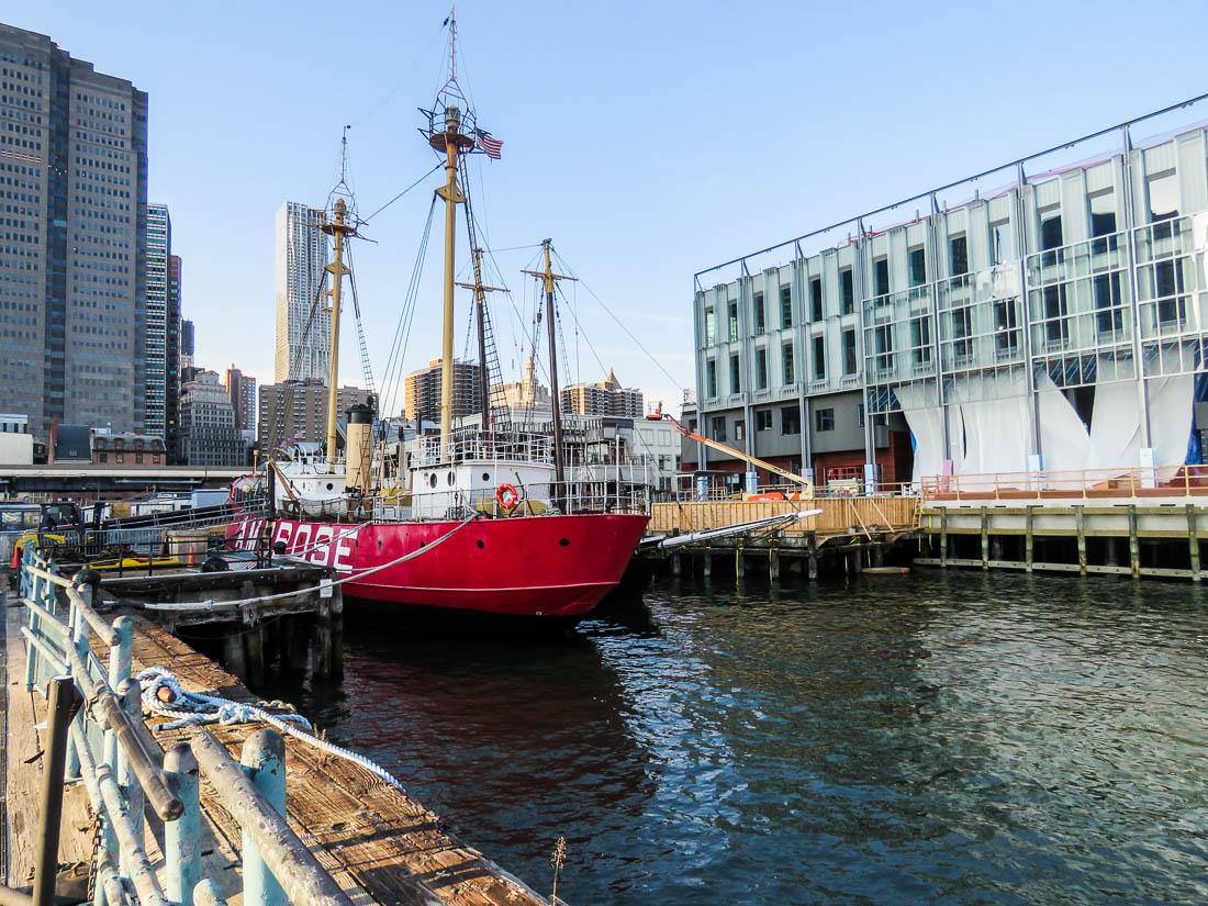 Fyrskeppet Ambrose som guidade fartyg in i New Yorks hamn när det var i drift.
