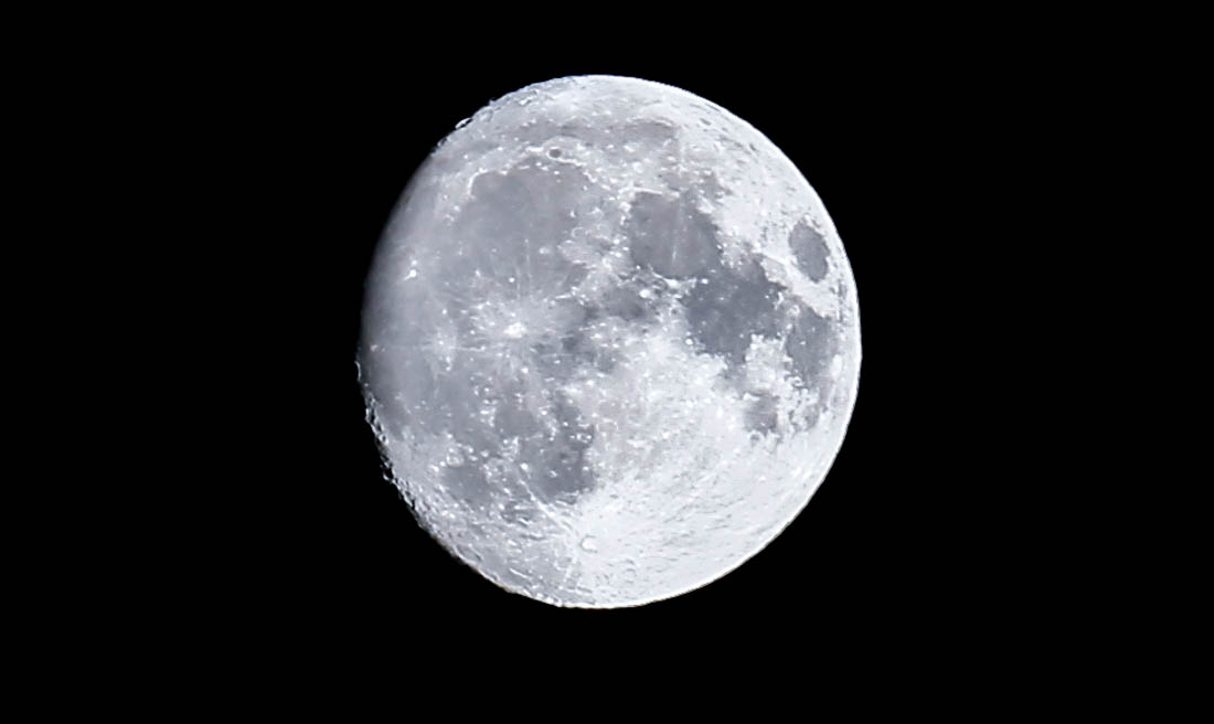 moon-nov2016-6