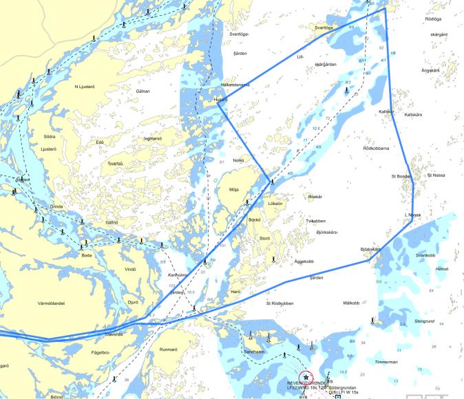 Den här turen är 70-80 distansminuter när den mäts upp på sjökortet.