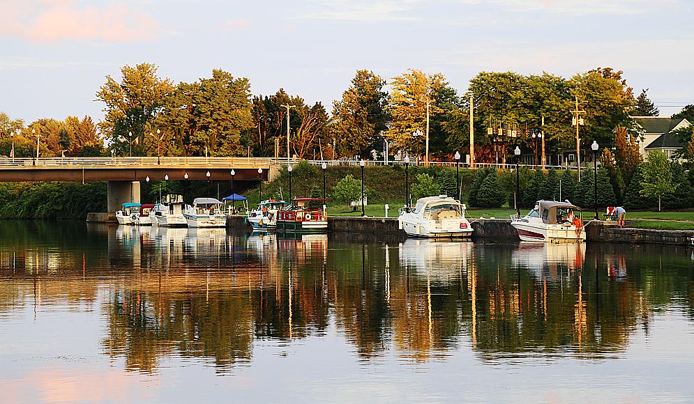 Småbåtshamnen i Seneca Falls.