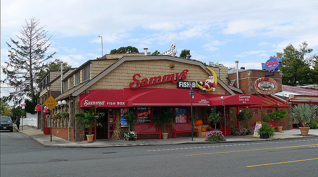 Sammy's Fisk Box i City Island. Portionerna är enorma.