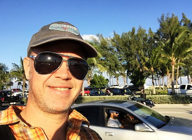Jag kostar på mig en selfie utmed Seabreeze Boulevard.