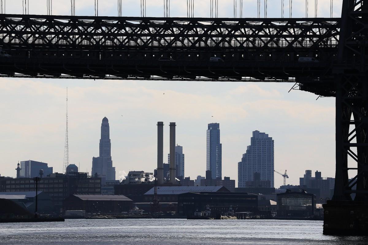 East River med Brooklyn på andra sidan.