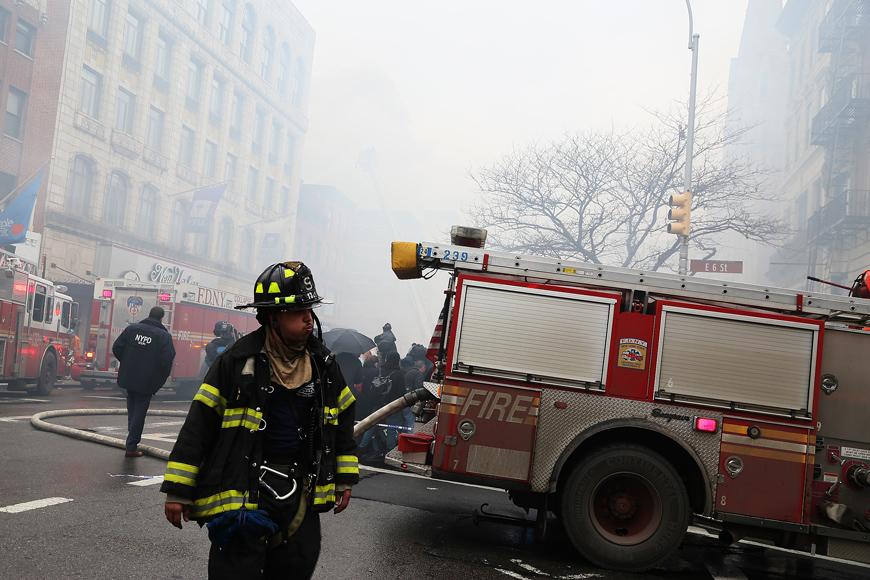Storbrand på torsdagen på Manhattan, New York. Foto: Erik Bergin
