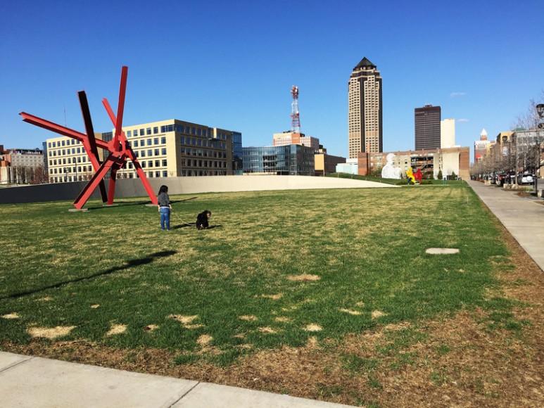 Des Moines skulpturpark var ganska tom på folk på söndagen.
