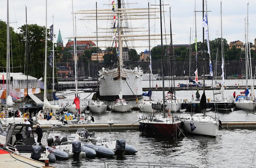 Gotland Runt-båtarna börjar samlas vid Skeppsholmen.