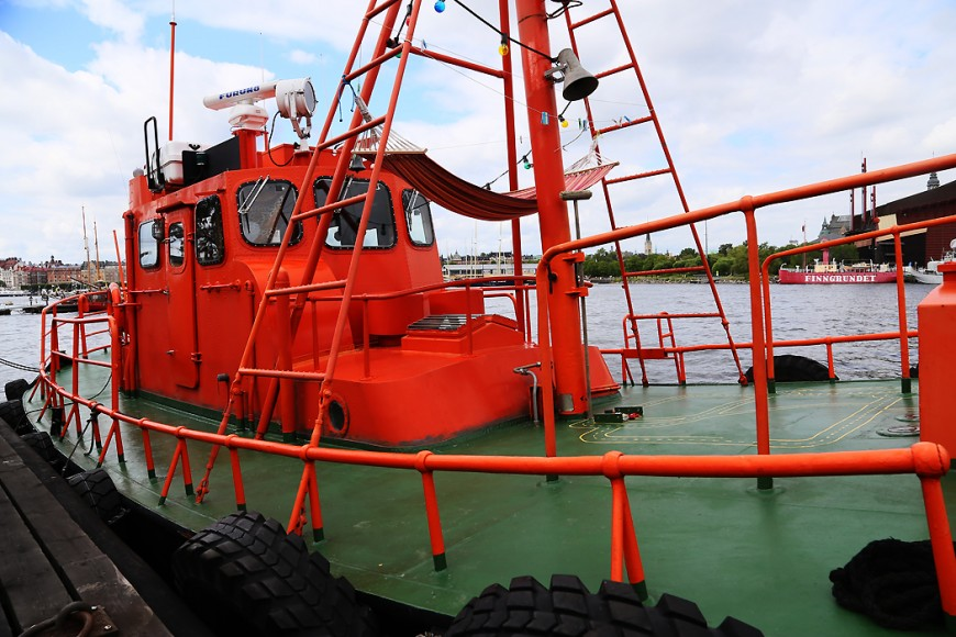 En privatiserad lotsbåt.