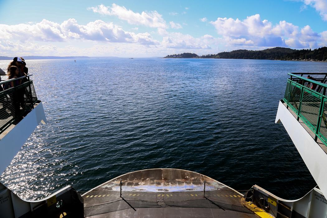 Mestadels öppet hav i Seattles skärgård.
