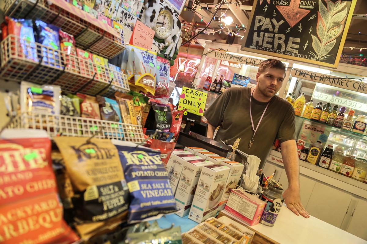 Jesse Tullis oroas över att företagen får problem när lönekostnaden höjs. Foto: Erik Bergin