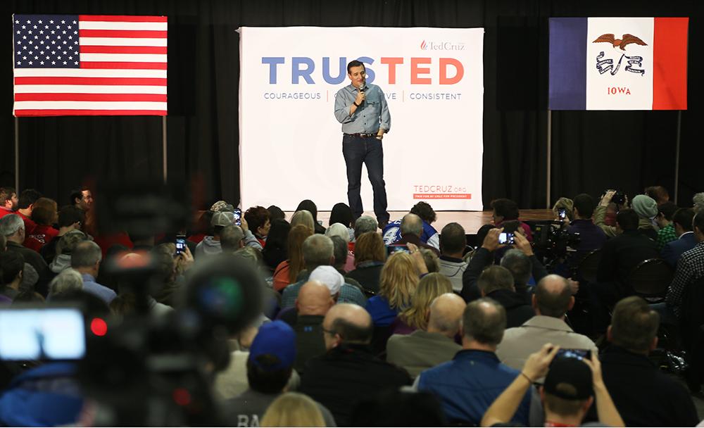 Ultrakonservative senatorn Ted Cruz vid ett kampanjevenemang i Des Moines söndag kväll. Foto: Erik Bergin