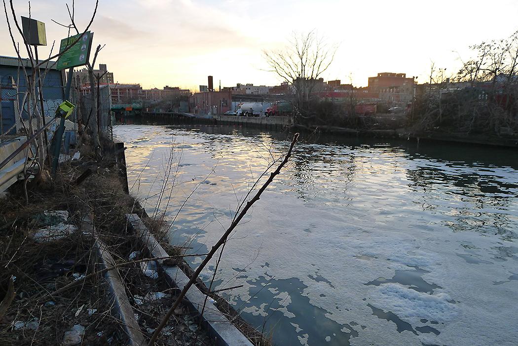 Gowanus Canal, Brooklyn. Foto: Erik Bergin