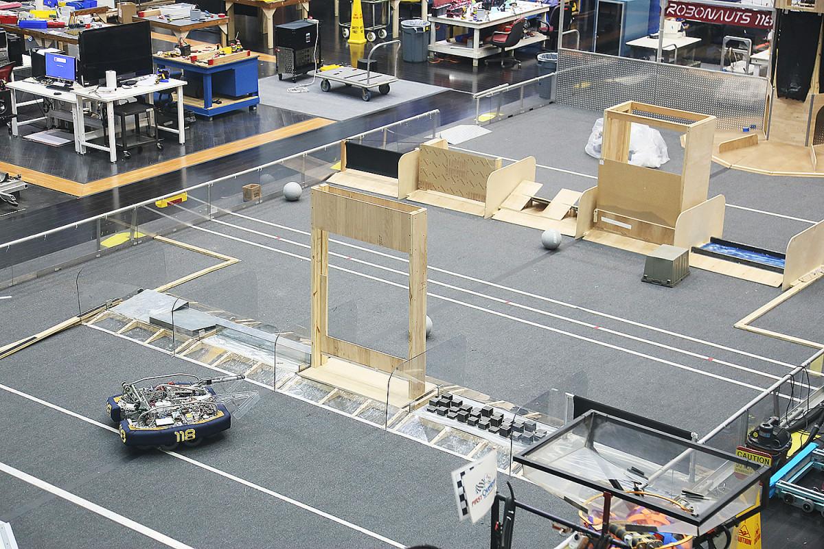 Här verkar NASA ha testat fjärrstyrda rymdrobotar.