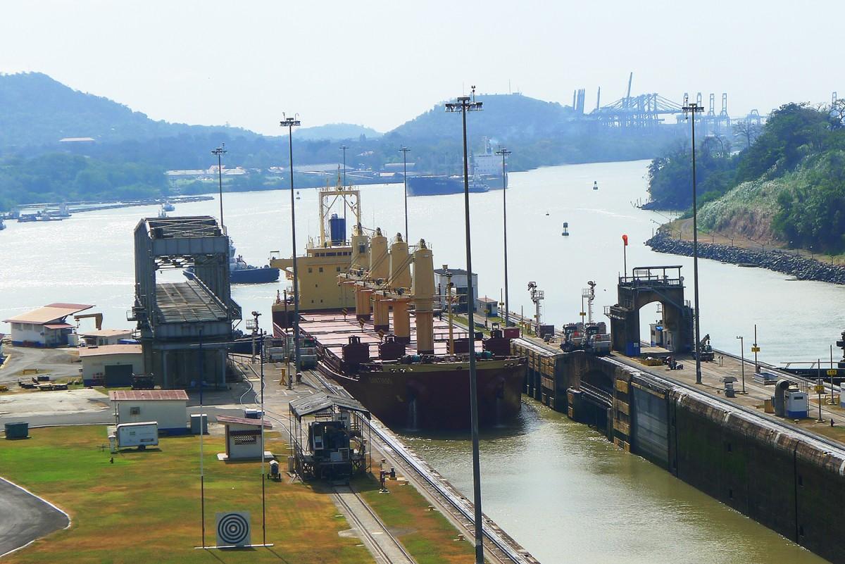 Panama-canal-21