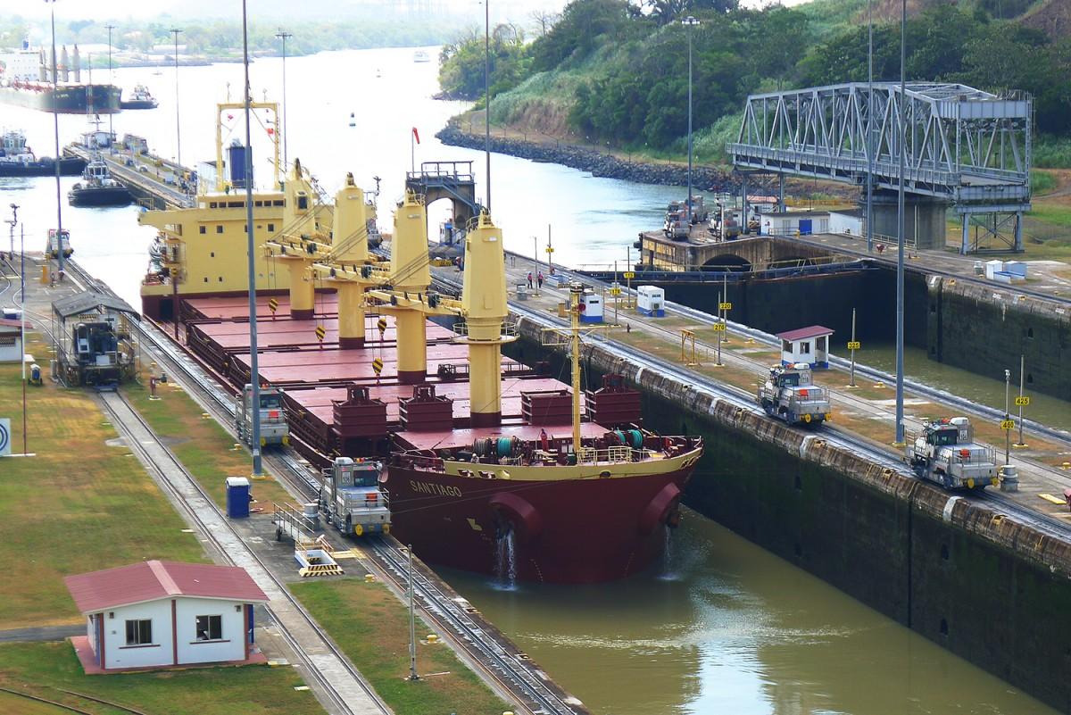 Panama-canal-22