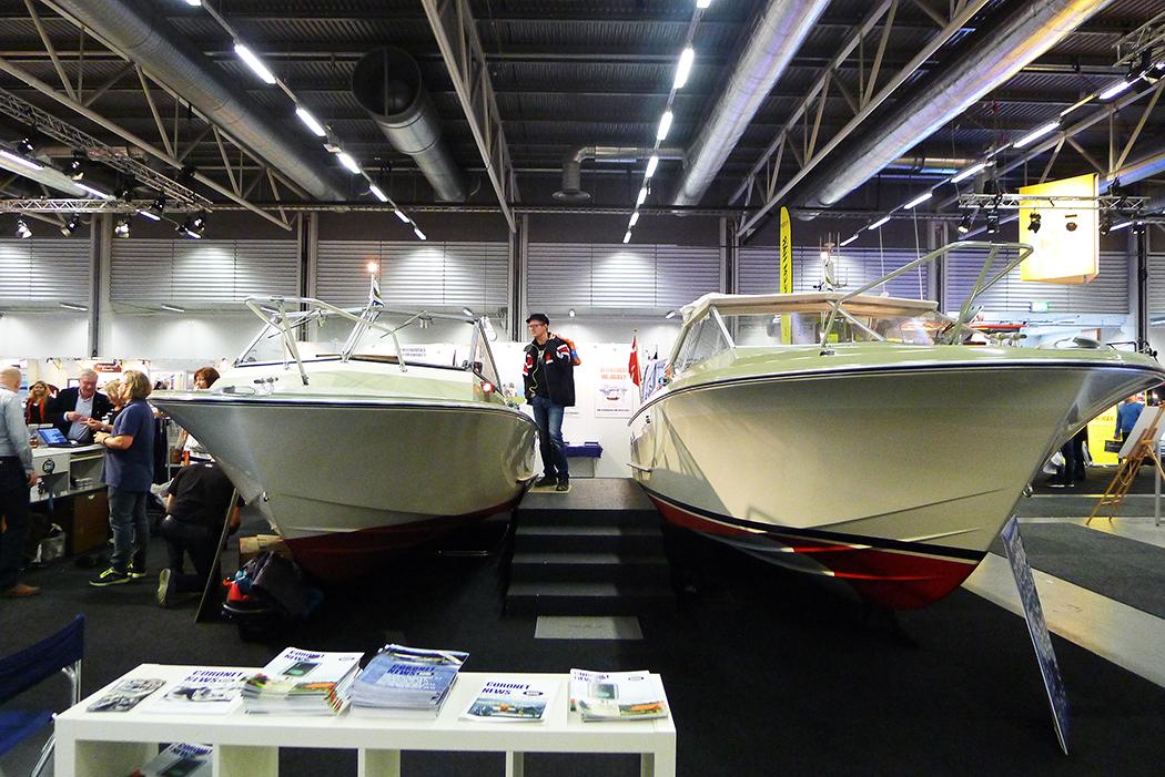 Två Coronet-båtar visas upp i Älvsjö. Foto: Erik Bergin