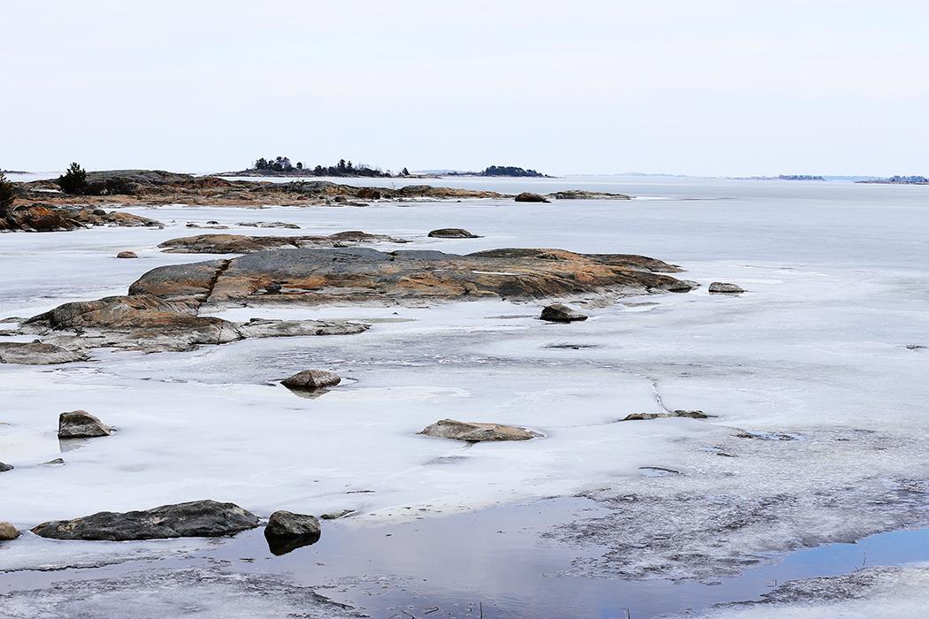 Roslagens yttre skärgård utanför Öregrund. Foto: Erik Bergin