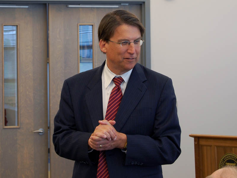 North Carolinas guvernör, republikanen Pat McCrory. Foto: James Willamor (Flickr)