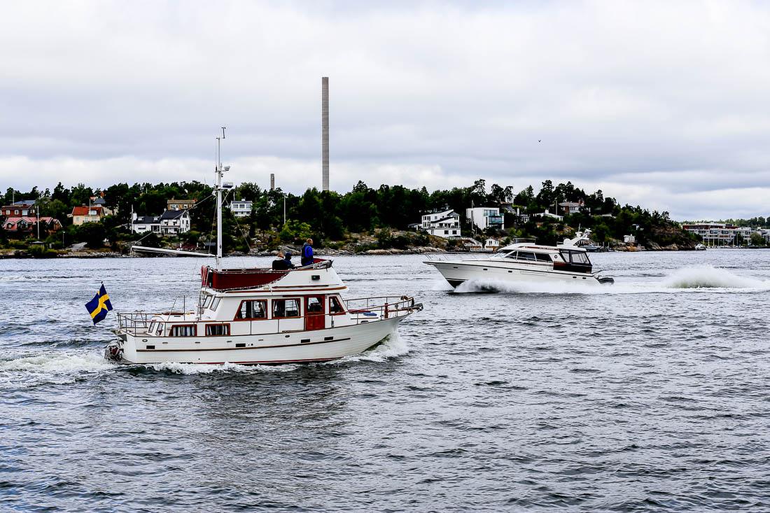 Med ångbåt till Finnhamn i mitten av augusti.