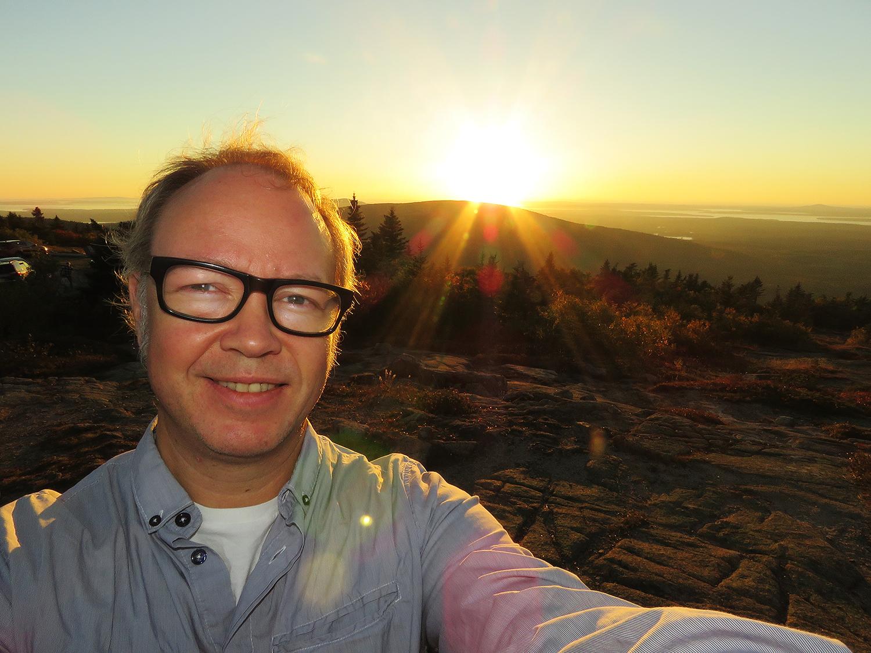 Jag på toppen av Cadillac Mountain. Foto: Erik Bergin