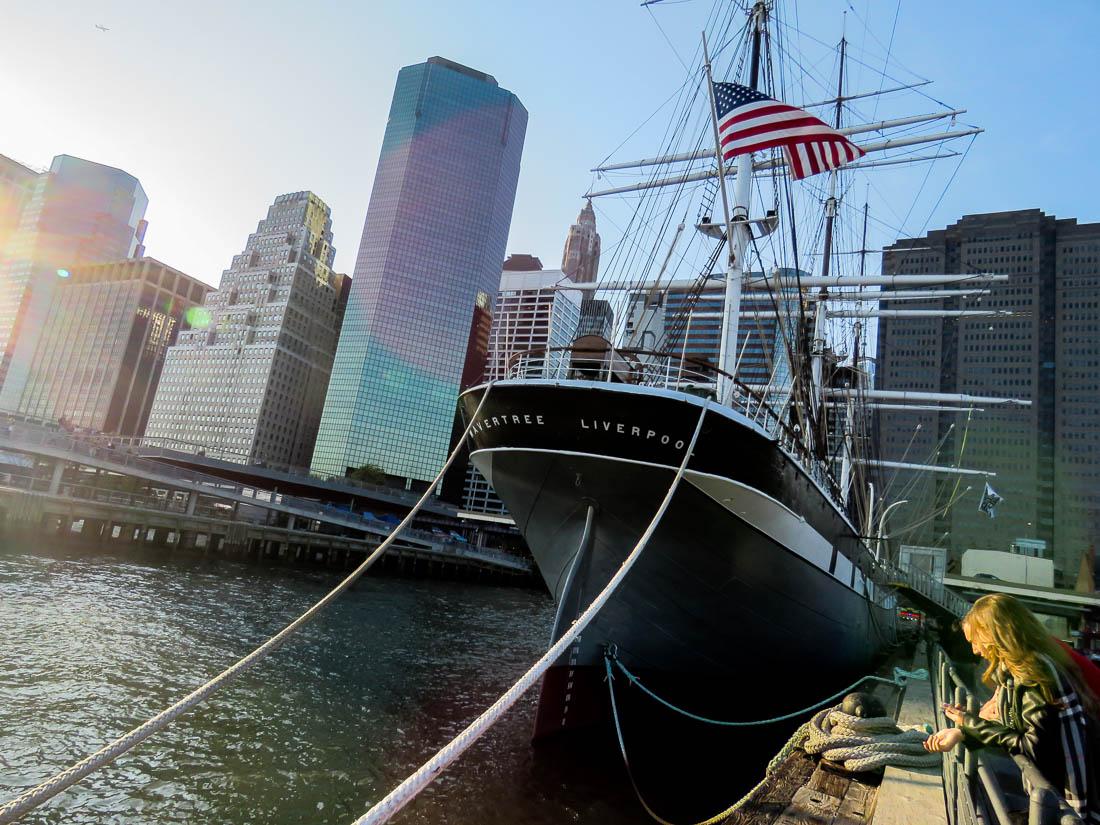 Nyrenoverade segelfartyget Wavertree, byggd 1885.
