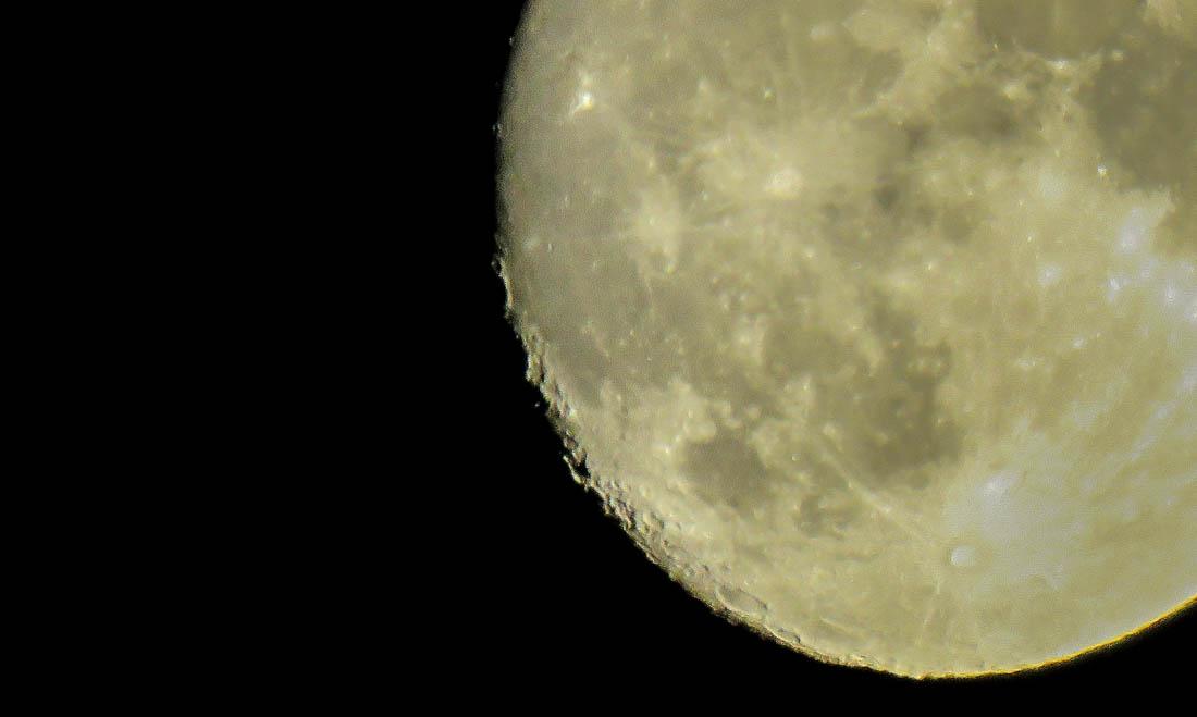 moon-nov2016-2