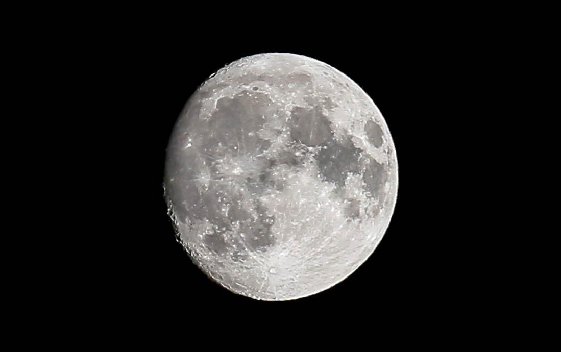 moon-nov2016-5